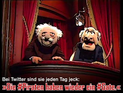 Bild der beiden Opas auf der Tribüne der Muppets-Show -- Bei Twitter sind sie jeden Tag jeck: 'Die #Piratn haben wieder ein #Gate.'