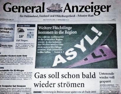 Titelseite des General-Anzeigers aus Ostfriesland. Schlagzeile oben: 'Weitere Flüchtlinge kommen in die Region'. Schlagzeile darunter: 'Gas soll schon bald wieder strömen'.