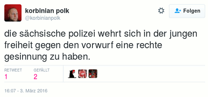 Tweet von @korbinianpolk -- die sächsische polizei wehrt sich in der jungen freiheit gegen den vorwurf eine rechte gesinnung zu haben.