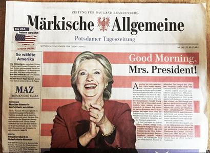 Zeitung für das Land Brandenburg -- Märkische Allgemeine -- Potsdamer Tageszeitung -- Großes Bild von Hillary Clinton übern Schlag, dazu die Schlagzeile 'Good Morning, Mrs. President!'.